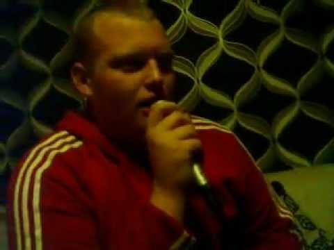 Scott Pipe singing on karaoke