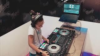 Dj Fernanda Cardozo - Trance Factory Live Set