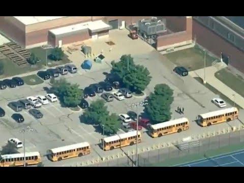 Dos heridos en tiroteo en escuela de Indiana
