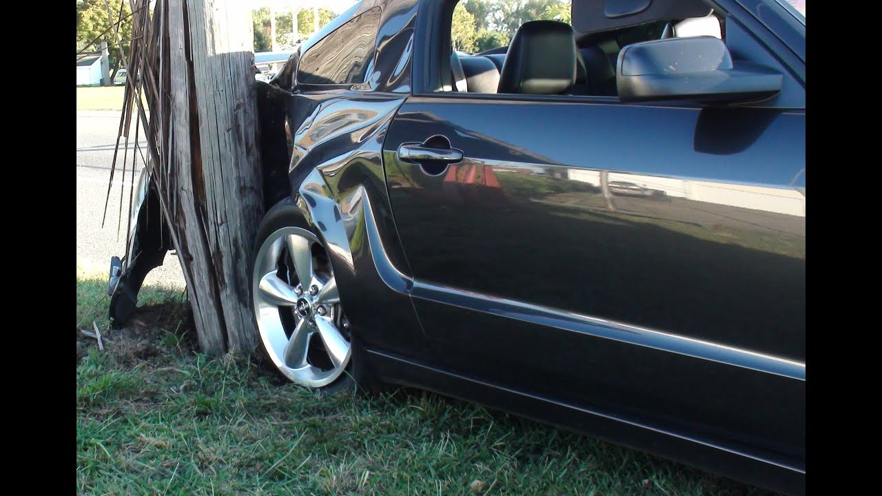 Mustang Loses Control And Snaps Pole