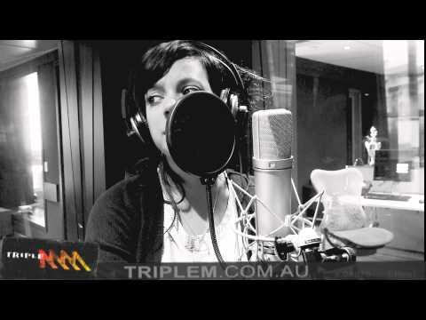 Lily Allen The Fear Live & Acoustic