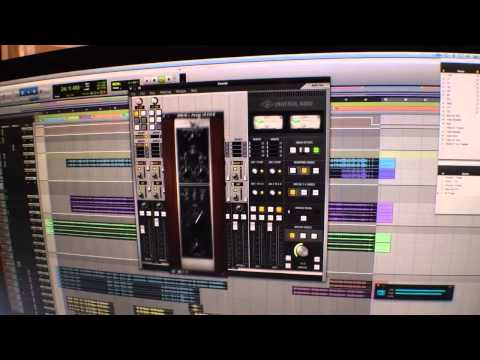 2014 Winter NAMM Show - Universal Audio Apollo Twin High-Resolution Interface with UAD Processing