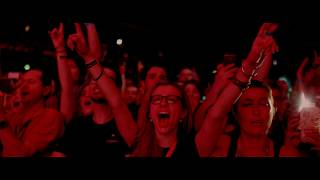 Roger Waters Us + Them   In Cinemas 2 & 6 October   Official Clip - Pigs