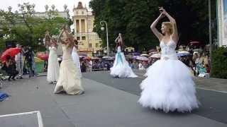 Парад НЕВЕСТ - 2013 в Минске! 10ч.(19). Беларусь! Parade of Brides - 2013 in Minsk!