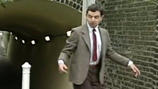 Street Performance | Mr. Bean Official