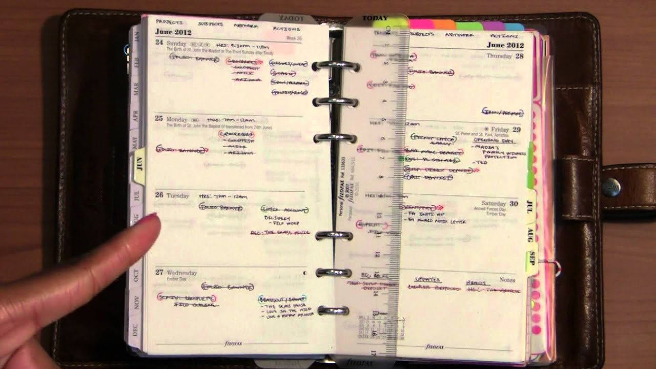 Ways Of A Filofax Part 2 The Priority Calendars Youtube