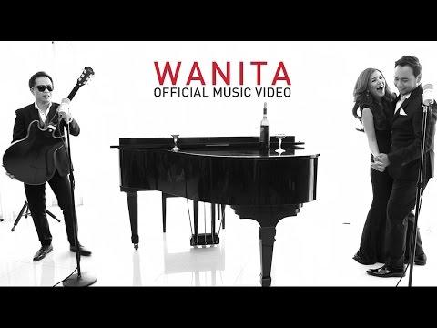 Bebi Romeo feat Sandhy Sondoro - Wanita