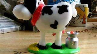 Pooping Cow Candy Dispenser