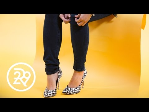 How To Cuff Your Jeans Quickly | Split Second Styling Tips | Refinery29