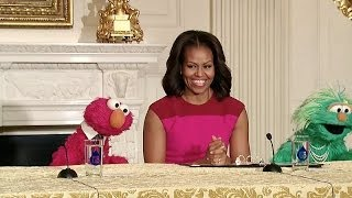 Repeat youtube video The First Lady, Elmo, and Rosita Partner to Encourage Healthy Food Choices for Kids