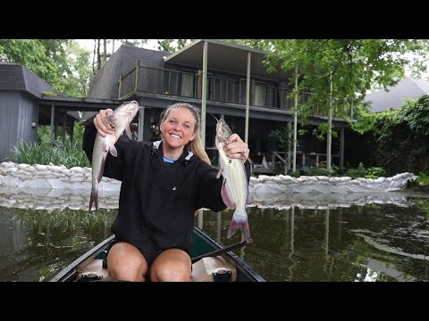 CAT-FISHING In EXTREMELY FLOODED Neighborhood BACKYARDS!!!!