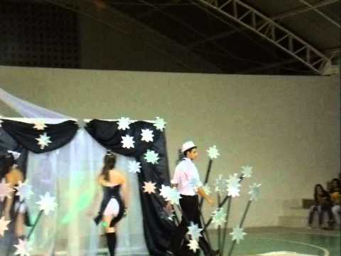 Desfile Black and White da Escola Profissional de Jaguaruana thumbnail