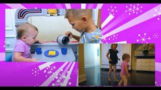 Cinco Crianças - Vania e Mania fingem jogar ser babás