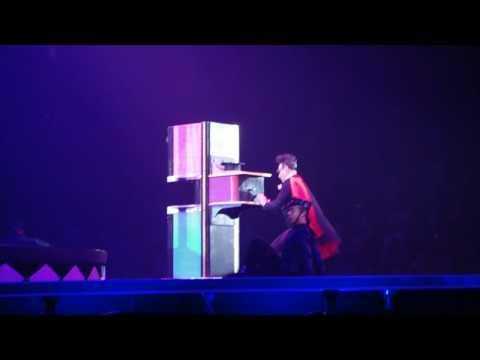 The Circus Starring Britney Spears Columbus Ohio 04302009  Ooh Ooh Ba & Hot As Ice