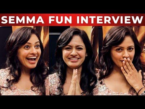 Pooja Kumar's Love stories in USA? | Fun Interview | Vishwaroopam 2 | Kamal Haasan | NPA 02