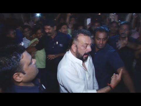 Drunk Sanjay Dutt CREATES A Scene At Amitabh Bachchan's Diwali Party 2016