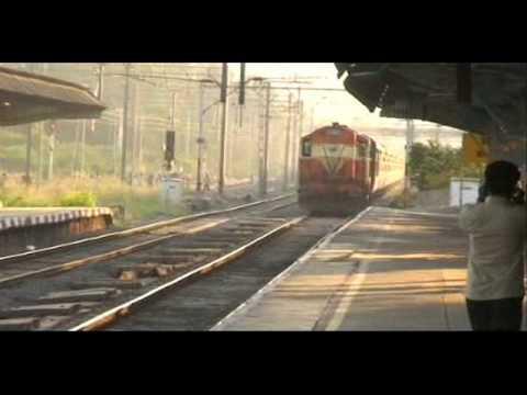 Mail/Express Trains Hitting Top Speeds at Bhandup Station, Mumbai Suburban Railway