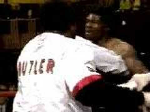 23.11.2001 James Butler sucker-punches Richard Grant