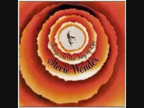Клип Stevie Wonder - Knocks Me Off My Feet