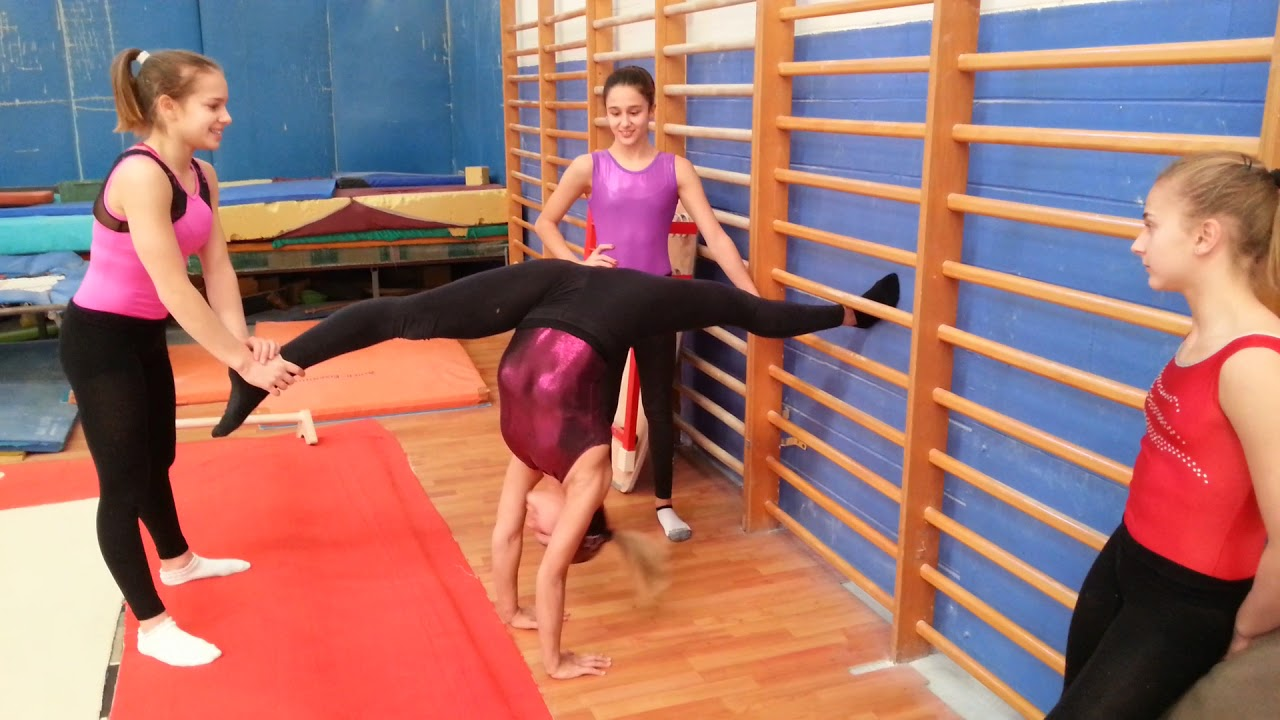 Baby Contro Lady Extreme Flessibility Ginnastica Artistica