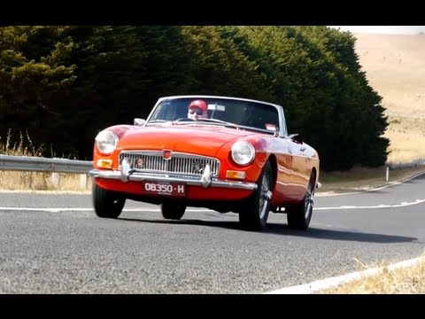 Classic Car Reviews (CCR) Ep3 1967 MGB Mark I