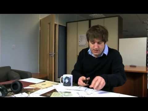 """Hwb — """"Y Wers Gymraeg"""" Pennod 1 / Episode 1 (11/03/12)"""