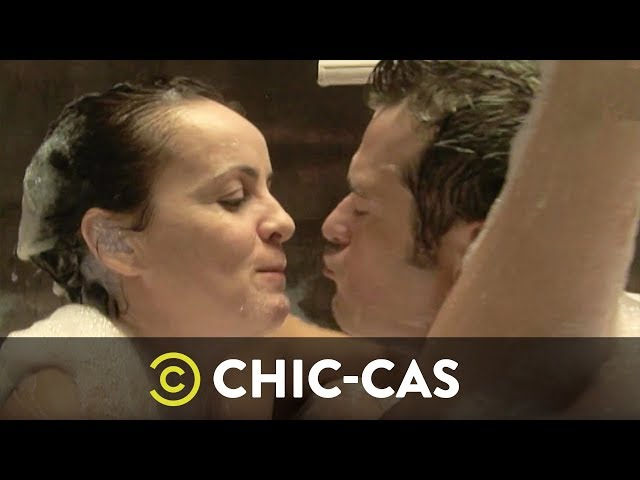 Amor En La Bañera | Chic-Cas | Comedy Central España