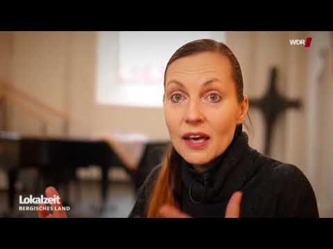 Tangotänzerin Nicole Nau in der Wuppertaler Citykirche