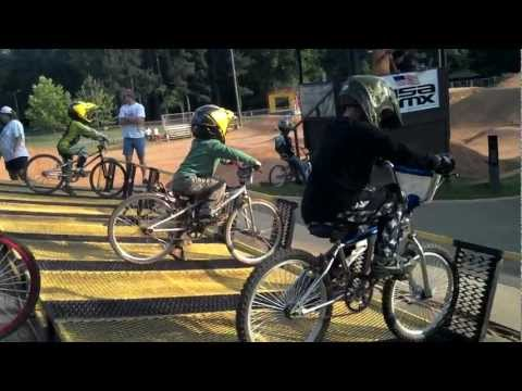"Domonic ""The Dominator"" Diaz 2nd moto, first place at Hornet's Nest BMX on 5-19-2012.mp4"
