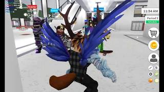 ROBLOX – Robloxian Highschool skin Water Gamer's Vgg hand and tutorial trick avatar in Game