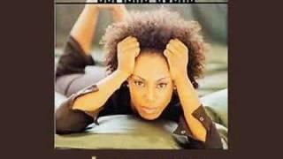 Adriana Evans - Love Me 1997