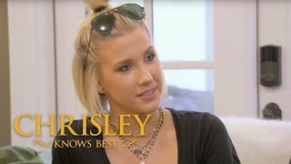 Season 5, Episode 7: 'Todd Lists Savannah's Requirements For a Man' | Chrisley Knows Best