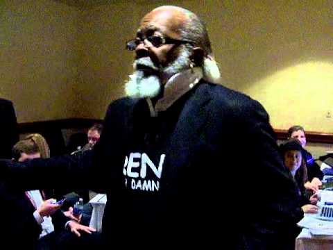Jimmy McMillan stroms the Bloggers Lounge at CPAC