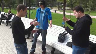 Insanely talented yo-yoers in Moscow.
