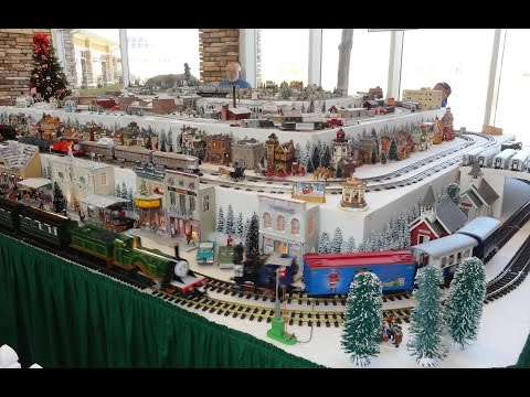 Christmas Holiday Model Train Railroad Layout G O HO H.O. N Gauge Scale Del Webb Sun City Huntley IL