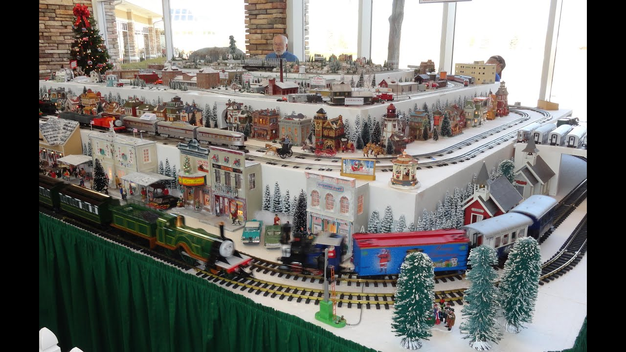 Ho Christmas Train.Christmas Holiday Model Train Railroad Layout G O Ho H O N Gauge Scale Del Webb Sun City Huntley Il