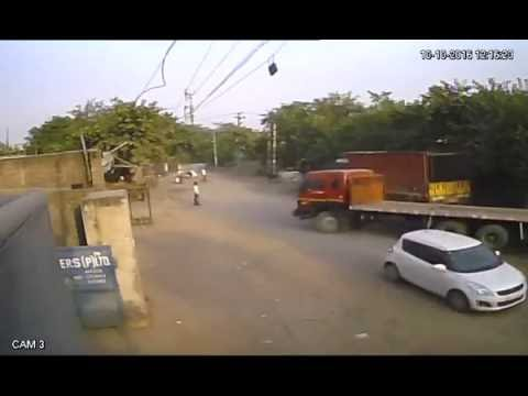 Shocking Video, Faridabad's Mujesar Accident, Two Killed