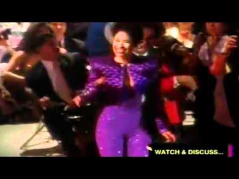 Selena . I could fall in love HD