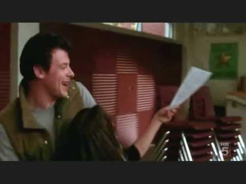 Rachel & Finn Smile (glee cast)