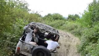 восточная Абхазия - джипинг -  поездка на озеро Амткел ( пробная версия)(Это видео создано с помощью видеоредактора YouTube (http://www.youtube.com/editor), 2013-08-22T14:45:03.000Z)