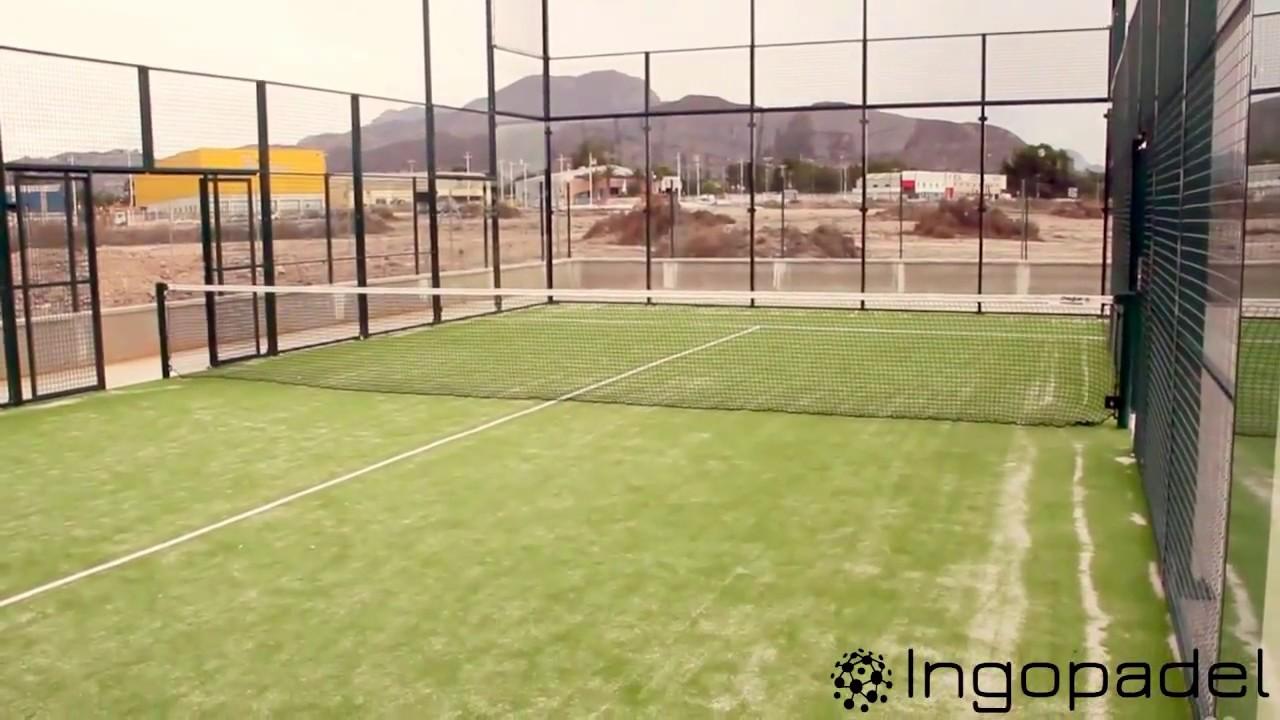 Construction terrain de padel tennis youtube for Construction terrain