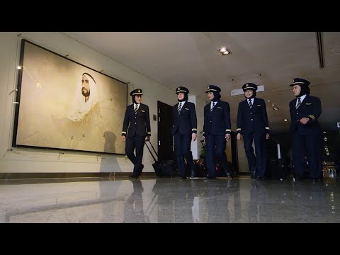 Emirati pilots fly high for Emirati Women's Day | Emirates Airline