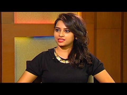 Sri Divya Special Chit Chat About Rayudu Movie || Vishal, Mutthaih || Vanitha TV
