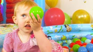 The Balloon Ball Pit Show for Learning Colors | Children's Educational Video