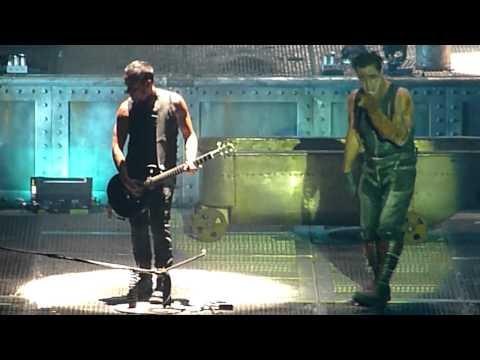 Rammstein live in Las Vegas May 21 2011 - Ich tu Dir weh