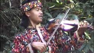 Musik Gambus Bima-Dompu ( dou ma nika bou ).biola katipu.