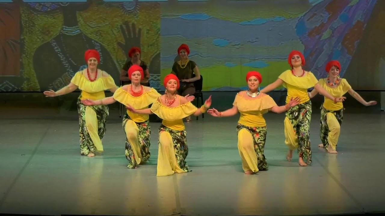 """Видео """"Отчетный концерт 02 июня 2018 года (взрослые) в Концертном зале отеля Санкт-Петербург"""". Танец живота (Африканский танец)"""