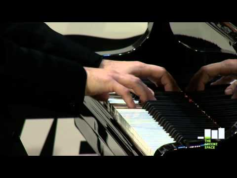"Alessio Bax, Beethoven's ""Sonata No. 8 in C Minor"" Live in The Greene Space"