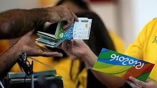 بالفيديو.. استياء جمهور الأوليمبياد بسبب فوضى توزيع التذاكر