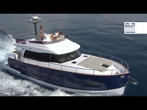 On Board AZIMUT MAGELLANO 43